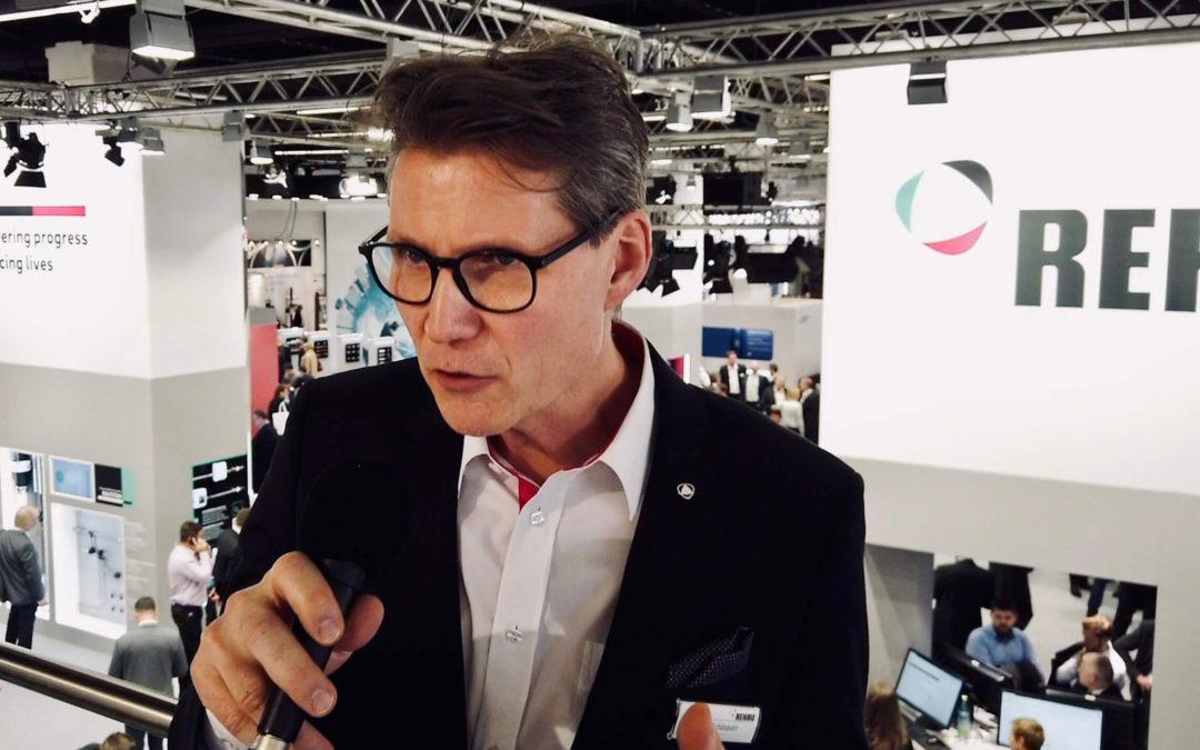 """""""Auch über andere Kanäle gehen"""" Dr. Roger Schönborn Leiter Building Solutions Rehau im Interview"""
