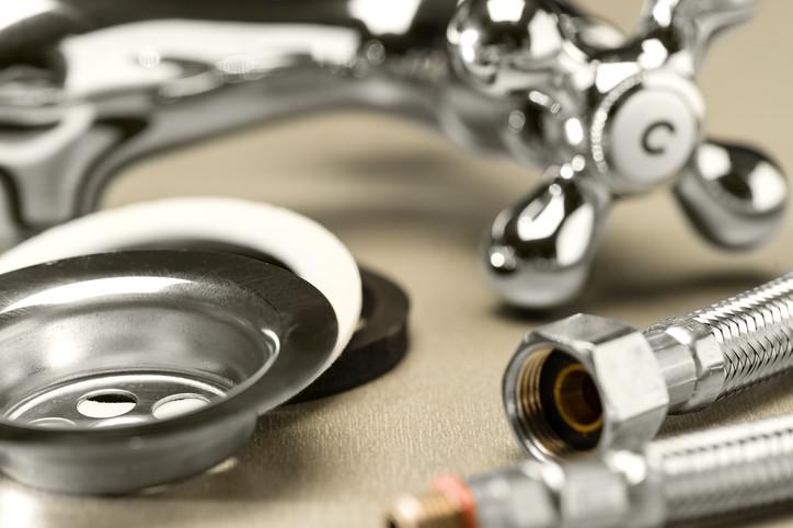 Keine Messe, Preise runter Erneut dreht ein Badausstatter an der Preis- und Kostenschraube