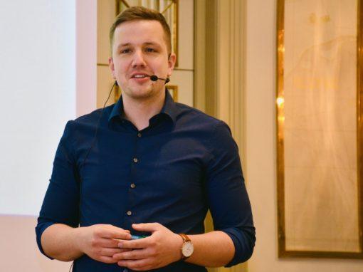 Das Thema Gehalt wird wieder wichtiger Christian Bräuer, Geschäftsführer Ewald Schneider, im Corona-Podcast