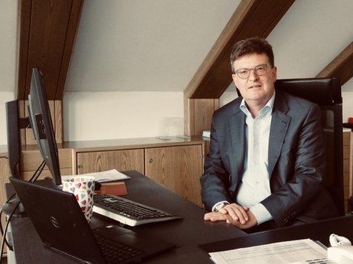 """""""Mehr Handwerker als zur letzten ISH"""" TV-Interview mit dem ZVSHK-Hauptgeschäftsführer Helmut Bramann"""