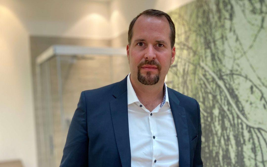 Wolfgang Mang wieder unter Vertrag Personalie aus dem Großhandel