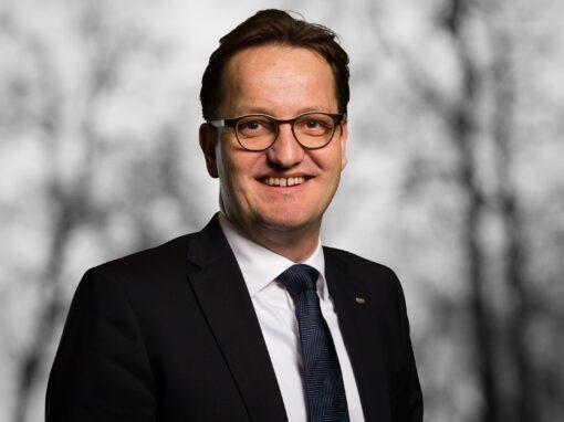 Lixil organisiert Europa-Geschäft neu Stühlerücken